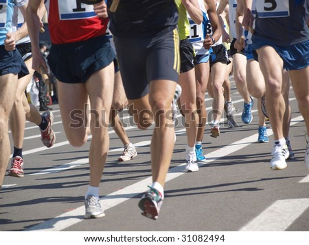 Color photograph sporting events on the run
