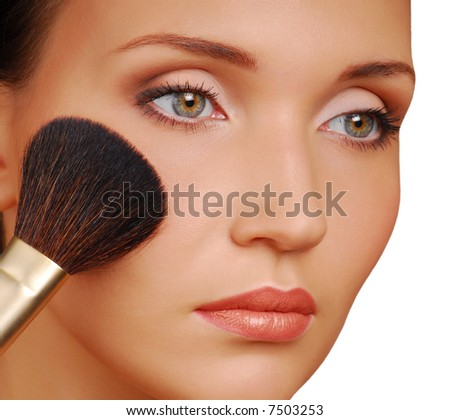 Cosmetic brush for applying the Rouge