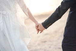 Couples shake hands at the wedding To show love on the wedding day