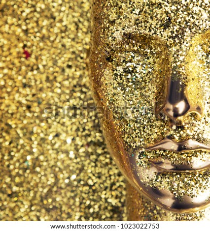 3d rendered golden heads, related to human beauty or makeup concept #1023022753