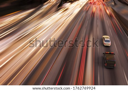 3D rendering of a high speed police chase in a highway. Foto stock ©