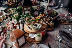 dishes at the wedding table