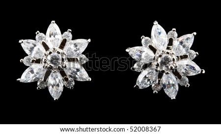 earring with diamond