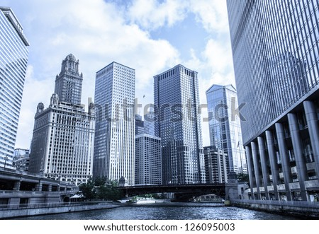 35 East Wacker Drive skyline in Chicago as seen from city river