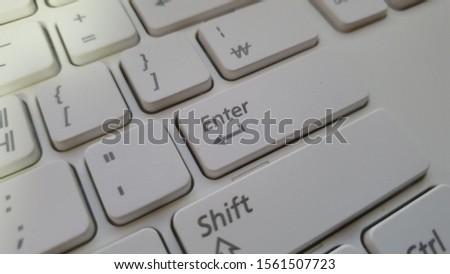 'Enter' button of keyboard (Korean keyboard) #1561507723