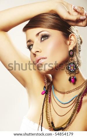 Lifestyle - Pagina 2 Stock-photo--fashion-woman-with-jewelry-on-light-bacground-54854179