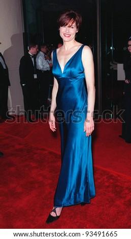 18FEB99:  Actress GEENA DAVIS at the American Film Institute Life Achievement Award tribute to Dustin Hoffman.  Paul Smith / Featureflash