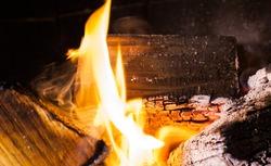fire burns, flame, the fire danger, cook on a fire, heating, heat, an infrared radiation, home fireplace, ash,  fire danger, heating.
