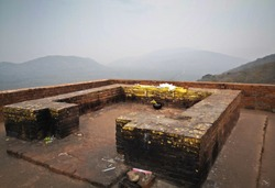 Gandhakuti or the Buddha's cottage at the top of  Griddhakuta hill.