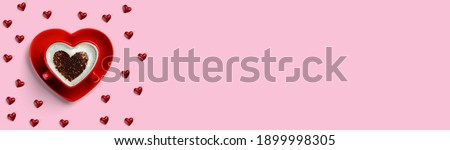 . Heart shaped cup with coffee surrounded by small hearts isolated on pink background. Coception until Valentine's Day. Foto stock ©