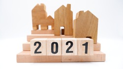 2021 housing market, home and property ownership, covid situation, downsizing, real estate development, house appraisal, mortgage and loan, financing, retirement, buyers and sellers, economic trends