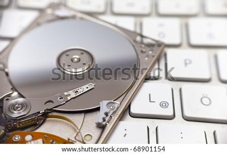 1.8 inch hard disk drive
