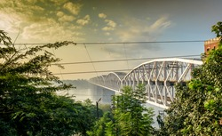 It is one of the major bridges on the Ganges river.  As the bridge is near Rajghat, it is also locally known as Rajghat bridge. Malviya Bridge is between Kashi, Varanasi and Mughal Sarai stations.