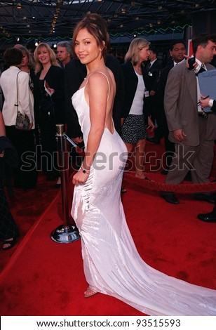 """17JUN98:  Actress JENNIFER LOPEZ at premiere of her new movie """"Out of Sight,"""" at Universal Studios, Hollywood."""