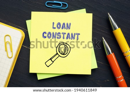LOAN CONSTANT phrase on the page.  Foto stock ©