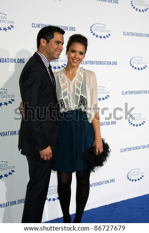 """.LOS ANGELES - OCT 14:  Cash Warren, Jessica Alba arriving at the Clinton Foundation """"Decade of Difference"""" Gala at the Hollywood Palladium on October 14, 2011 in Los Angelees, CA"""