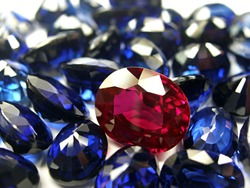 lot of red ruby and blue sapphire precious gemstone oval shape cutting for design jewellery.