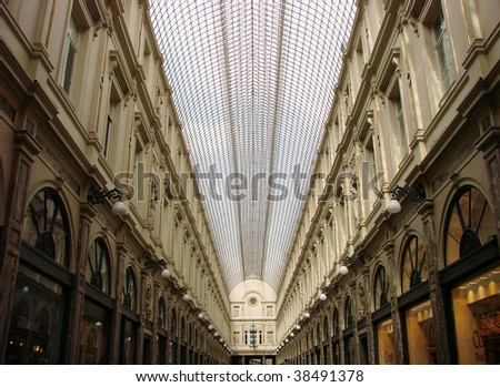 main corridor in the market square in brussels