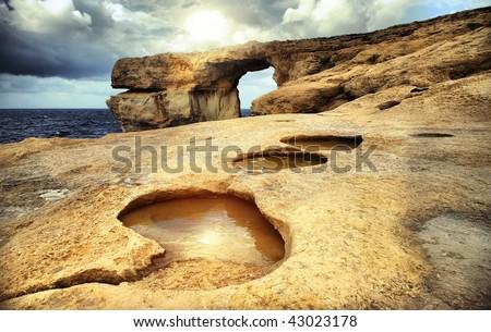 """Malta rock"""