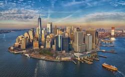 Manhattan financial disctrict skyscrapers skyline