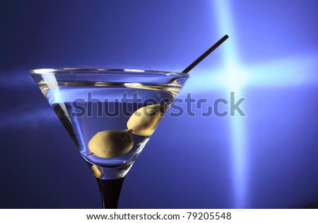 martini and green olives