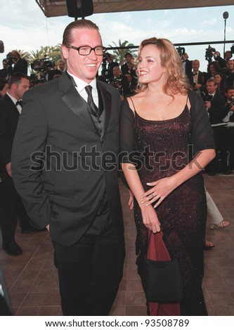 "18MAY99: Actor VAL KILMER & girlfriend at gala screening of ""Cradle"