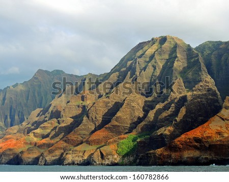 Na Pali coast,  kauai, hawaii, as seen from a boat