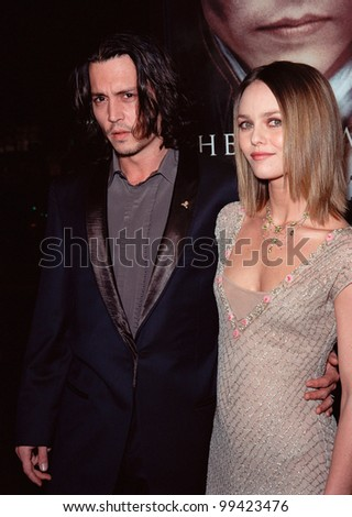 "17NOV99:  Actor JOHNNY DEPP & girlfriend French actress/singer VANESSA PARADIS at the world premiere, in Hollywood, of his new movie ""Sleepy Hollow.""  Paul Smith / Featureflash"