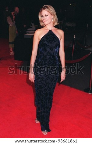 """17NOV97:  Actress ALISON EASTWOOD at the premiere of her new movie, """"Midnight in the Garden of Good & Evil,"""" which was directed by her father Clint Eastwood."""