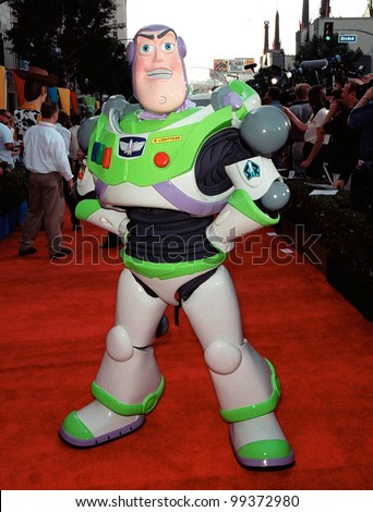 "13NOV99:  ""Toy Story"" character BUZZ LIGHTYEAR at the world premiere of Disney/Pixar's ""Toy Story 2"" at the El Capitan Theatre, Hollywood.   Paul Smith / Featureflash - stock photo"