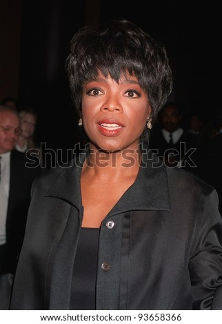 """20OCT97: TV presenter/actress OPRAH WINFREY at premiere in Los Angeles of her new TV movie """"Before Women Had Wings."""" The movie is the first for Winfrey's Harpo Films production company. - stock photo"""