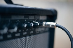 Сord jack cable to Electric Guitar Amplifier