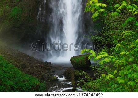 Portland Eagle Creek #1374548459