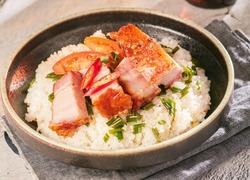 Rice with Roasted Pork Meat Com Heo Quay Viet Nam