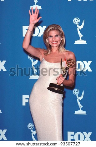 12sep99 actress kristen johnston at the 51st annual emmy for A t the salon johnstone