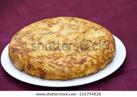 Spanish omelette with chorizo ??and peppers