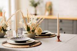 tableware decorated for the holiday