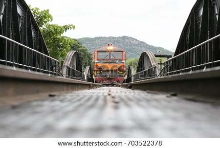The death railway bridge is a history of world war ii, the death railway bridge over Kwai river built by Japanese soldiers at sunrise time, Kanchanaburi. Foto stock ©