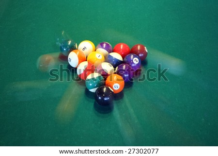 """""""time laps"""" aka """"bulb exposure"""" of pool balls in movement"""