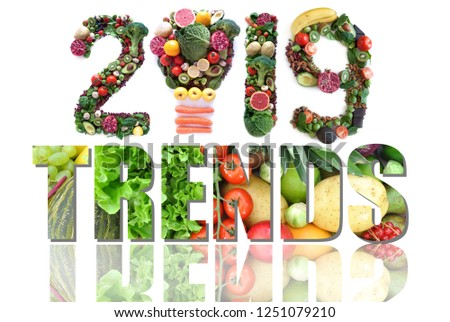2019 trends made of fruits and vegetables including a light bulb icon