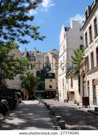 typical street of old paris
