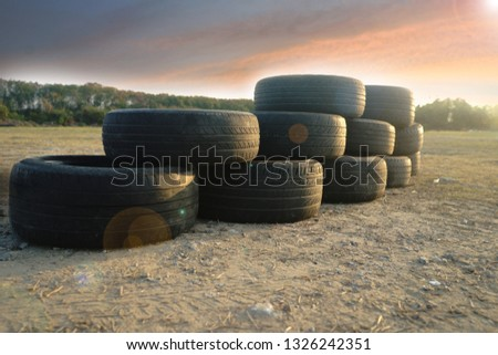 Used tires / Used tires can be used for many other purposes.