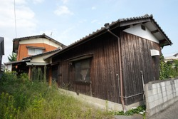 Vacant houses in Japan have become a serious social problem