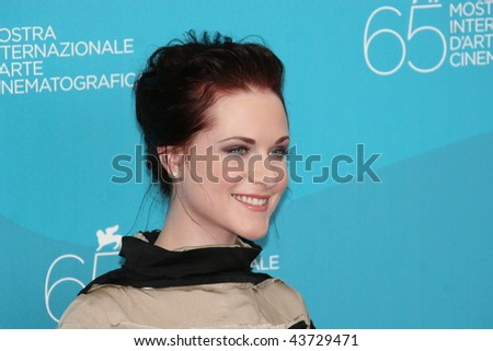 VENICE, ITALY - SEPTEMBER 05: Actress Evan Rachel Wood attends the 'The Wrestler' photocall at the Piazzale del Casino during the 65th Venice Film Festival on September 5, 2008 in Venice, Italy.
