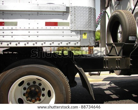 18 wheel semi truck close up