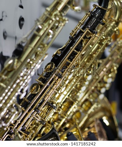 Wind instruments, wind instruments, saxophones, pipes and flutes