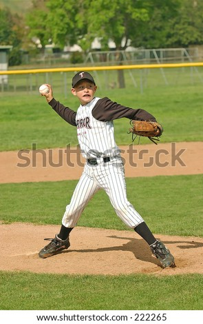 8-year old Pony league pitcher from Simi Valley, California, starting his wind-up