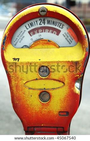 """Yellow Parking Meter Expired"" meter outside of business, 800 blk SE Stephens, Roseburg Oregon"