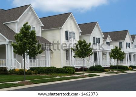 原始的な家続� ��て - stock photo