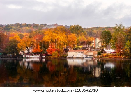 A beautiful Autumn morning in Shelton, Connecticut, USA. Сток-фото ©